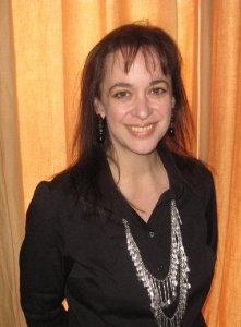 Interview with writer Cynthia Leitich Smith by Nicole Melanson