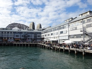 SWF 2015 Sat crowds of book people by the pier