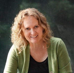 Interview with writer Meme McDonald by Nicole Melanson - photo by Naomi Herzog