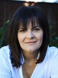 Interview with writer Helen Chebatte by Nicole Melanson - photo by Joseph Chebatte