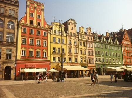 Magdalena McGuire - Wroclaw Town Square with pretty buildings